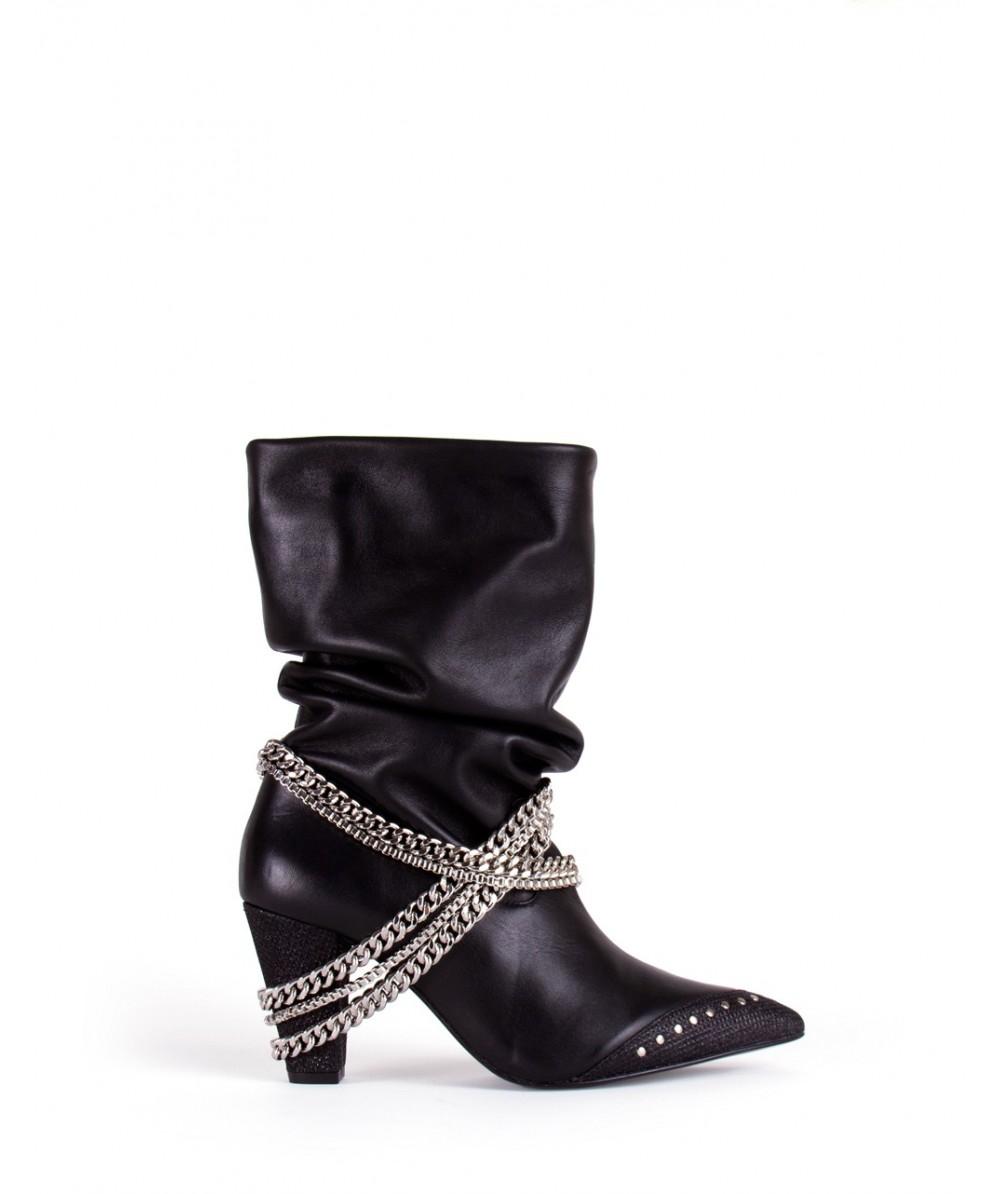 Bota arrugada chains